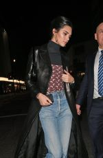 Kendall Jenner Grabs a snack at McDonald