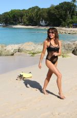 Lizzie Cundy Enjoys her Christmas day in Barbados