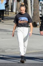 Maddie Ziegler Out Shopping in Los Angeles