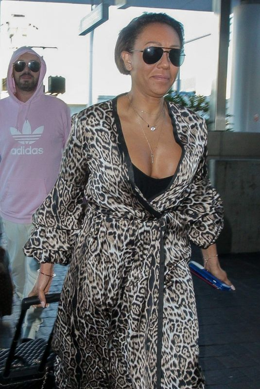 Melanie Brown Arrives for a flight at LAX