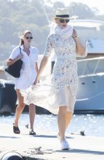 Nicole Kidman Takes the whole family and some friends on a super yacht on Pittwater