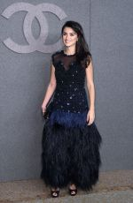 Penelope Cruz At Chanel Metiers D