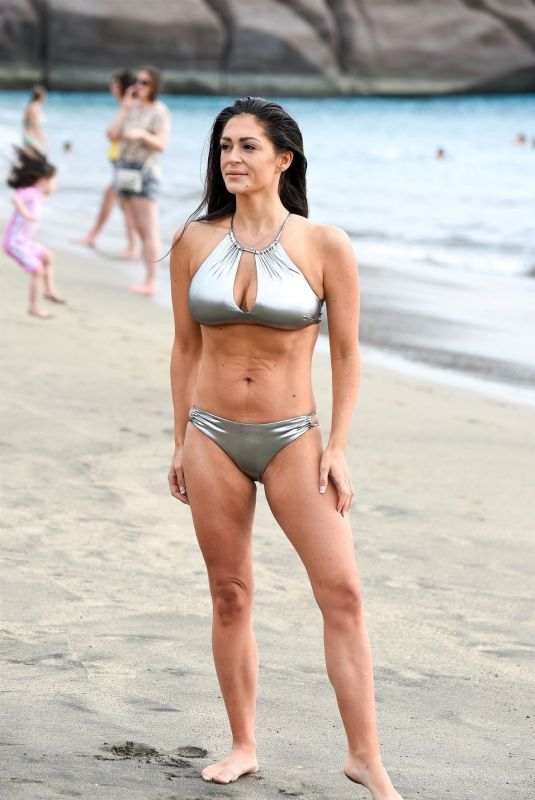 Casey Batchelor Shows off her four stone weight loss in Tenerife