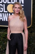 Julia Roberts Attends the 76th Annual Golden Globe Awards in Beverly Hills