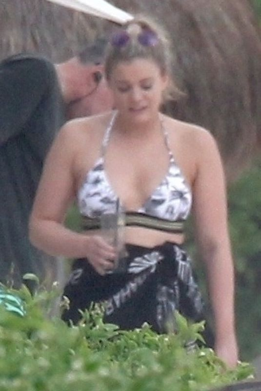Lauren Alaina Takes some time off in Tulum