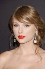 Taylor Swift At 76th annual golden globe awards in Beverly Hills