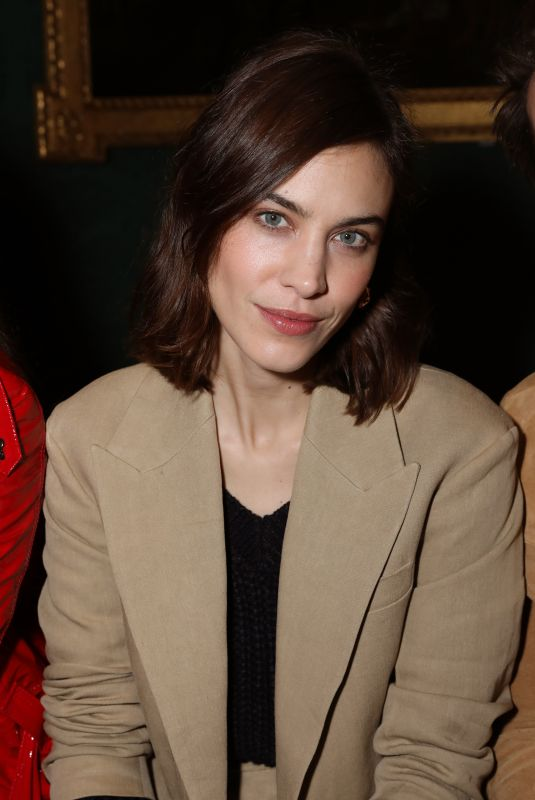 Alexa Chung At Front row at the Erdem Autumn/Winter 2019 show during London Fashion Week