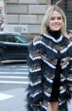 Alice Eve At Longchamp show, Front Row, Fall Winter 2019, New York Fashion Week