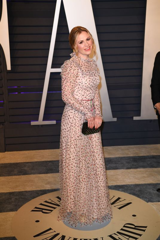 Anna Paquin At 2019 Vanity Fair Oscar Party hosted by Radhika Jones at Wallis Annenberg Center for the Performing Arts in Beverly Hills