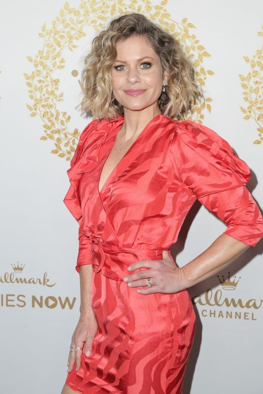 Candace Cameron-Bure At Hallmark Channel & Hallmark Movies & Mysteries 2019 Winter TCA Tour in Pasadena