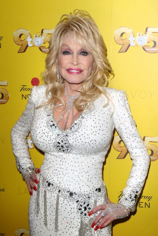 Dolly Parton Arrives for the 9 to 5 the Musical Gala Night at The Savoy Theatre, The Strand in London