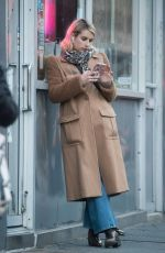 Emma Roberts On her phone in NYC
