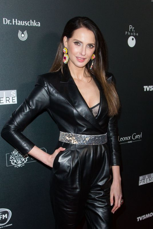 Frederique Bel At Globe of Crystal Photocall in Paris