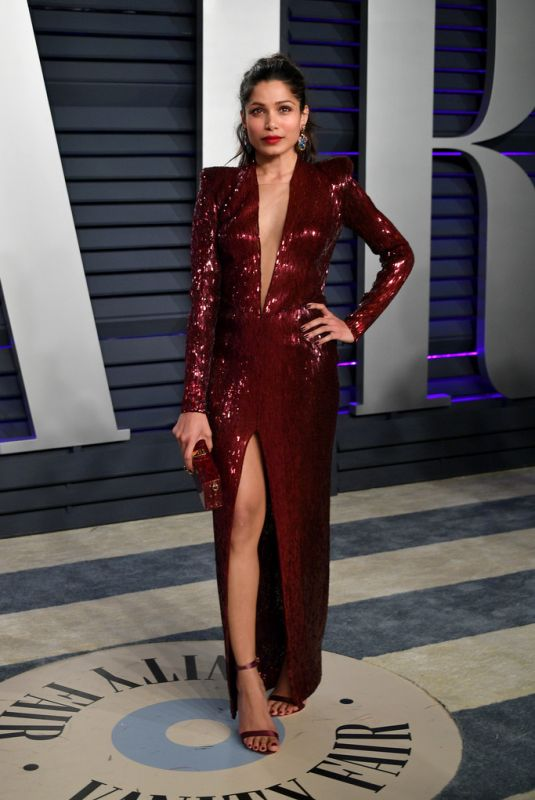 Freida Pinto At 2019 Vanity Fair Oscar Party in Beverly Hills
