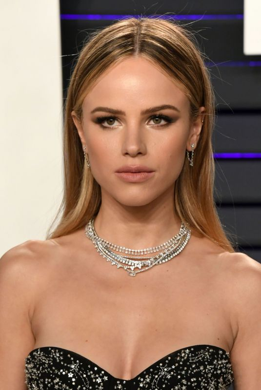 Halston Sage At 2019 Vanity Fair Oscar Party in Beverly Hills