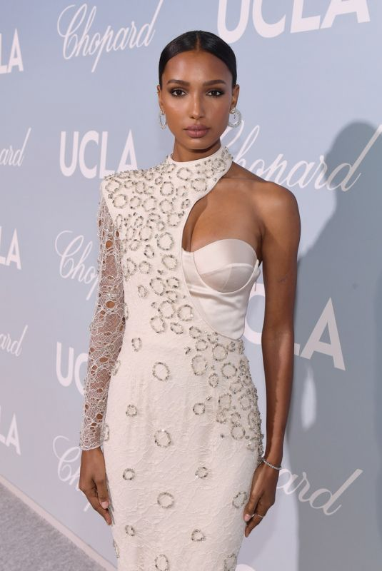 Jasmine Tookes At 2019 Hollywood For Science Gala in Los Angeles