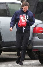 Jennifer Garner Arriving at boxing class in Santa Monica