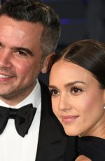 Jessica Alba At 2019 Vanity Fair Oscar Party in Beverly Hills