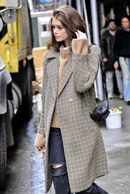 Kaia Gerber Leaving the Marc Jacobs office in NYC