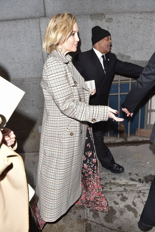 Kate Hudson Arrives at Michael Kors F/W 2019 Fashion Show