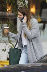 Katherine Schwarzenegger Chatting on the phone in Los Angeles