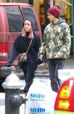 Maisie Williams Shops for iPhones with Reuben Selby in NYC