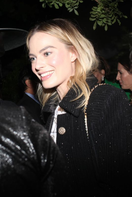 Margot Robbie Arriving at the Charles Finch and CHANEL