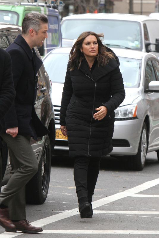 Mariska Hargitay On The Set Of Law and Order: Special Victims Unit