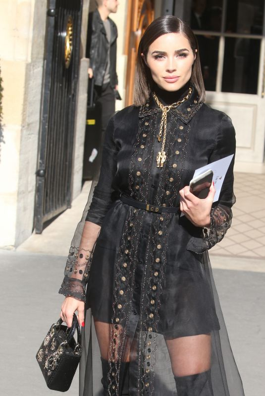 Olivia Culpo Out and about in Paris
