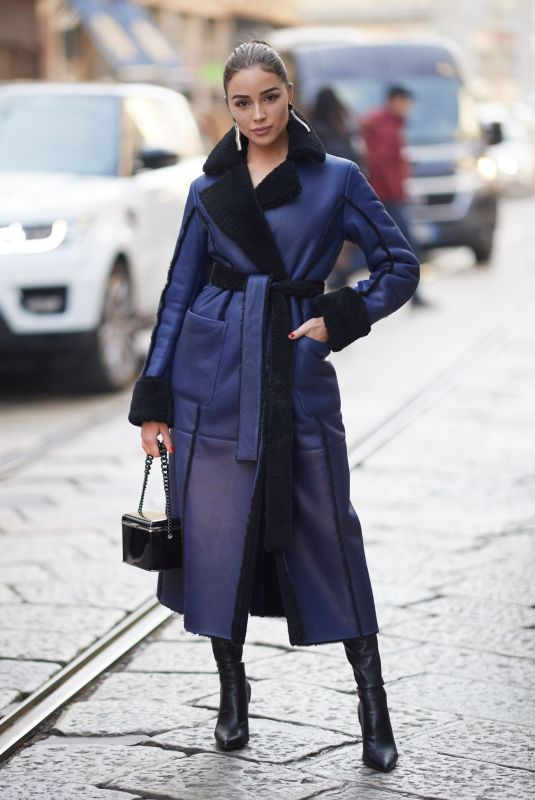 Olivia Culpo Wearing a coat from blumarine in the streets on Day 3 Milan Fashion Week Autumn/Winter