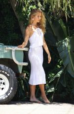 Sailor Brinkley-Cook Doing a photoshoot in Sydney