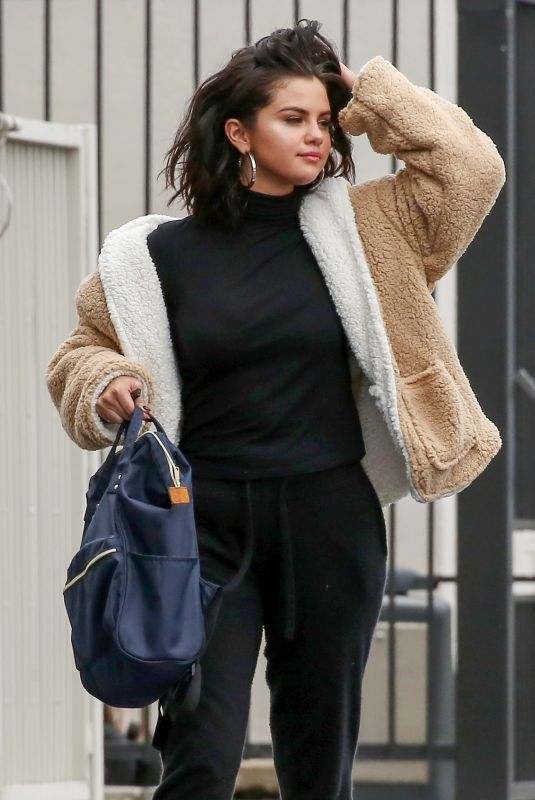 Selena Gomez Going to the studio in LA