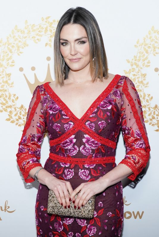 taylor cole at hallmark movies mysteries 2019 winter tca tour in pasadena celebzz. Black Bedroom Furniture Sets. Home Design Ideas