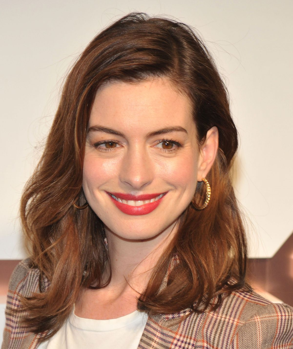 Anne Hathaway Attends Hudson Yards VIP Grand Opening Event