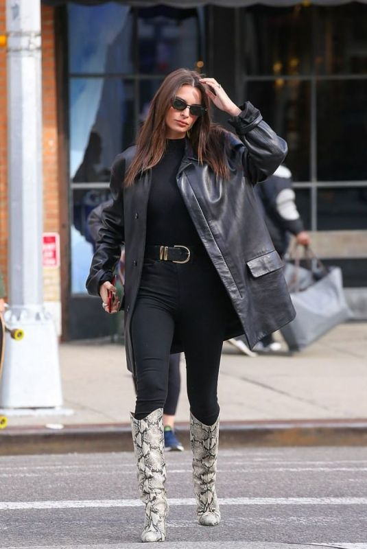 Emily Ratajkowski Spotted out in NYC