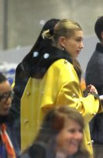 Hailey Baldwin Bieber Arrived at CDG airport make-up free in Paris