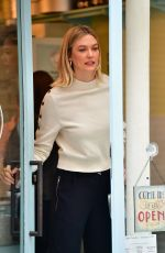 Karlie Kloss Arrives at Stoney Clove Bakery in Paris