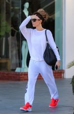 Kate Beckinsale Gets in a weekend workout in Los Angeles