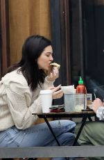 Kendall Jenner Has lunch in LA