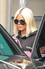 Khloe Kardashian Leaving a studio in LA