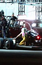 Margot Robbie & Ewan McGregor On set of