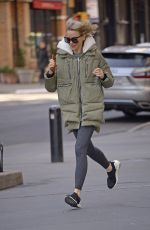 Naomi Watts Running back home in New York City