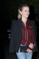 Reese Witherspoon Out in Santa Monica