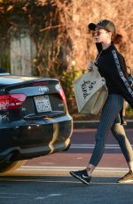 Sarah Hyland Shopping at Gelson