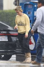 Sarah Paulson Out in Los Angeles