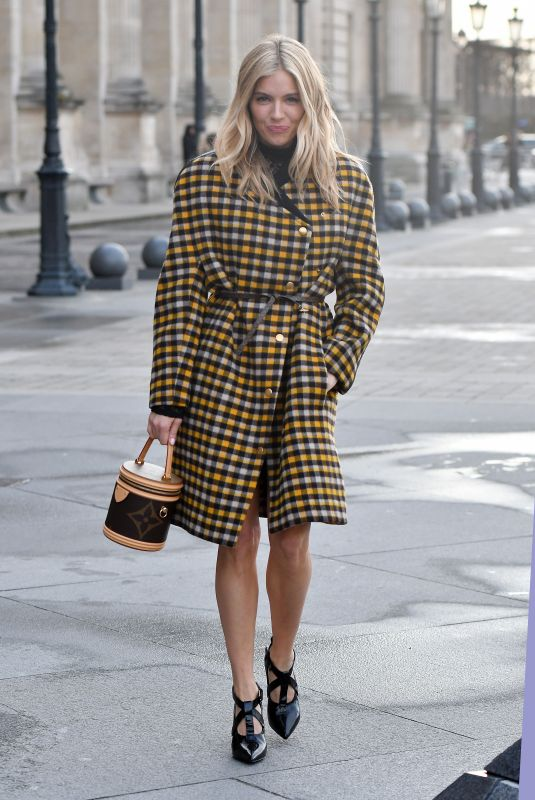 Sienna Miller At Louis Vuitton show during Paris Fashion Week Womenswear Fall/Winter 2019/2020