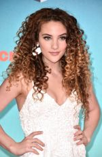 Sofie Dossi At The 32nd Annual Nickelodeon Kids