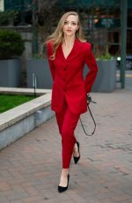 Amanda Seyfried Arriving at the Animal Society Best Friends Benefit in New York