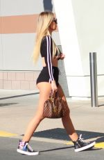 Ana Braga Causes commotion while shopping in Los Angeles