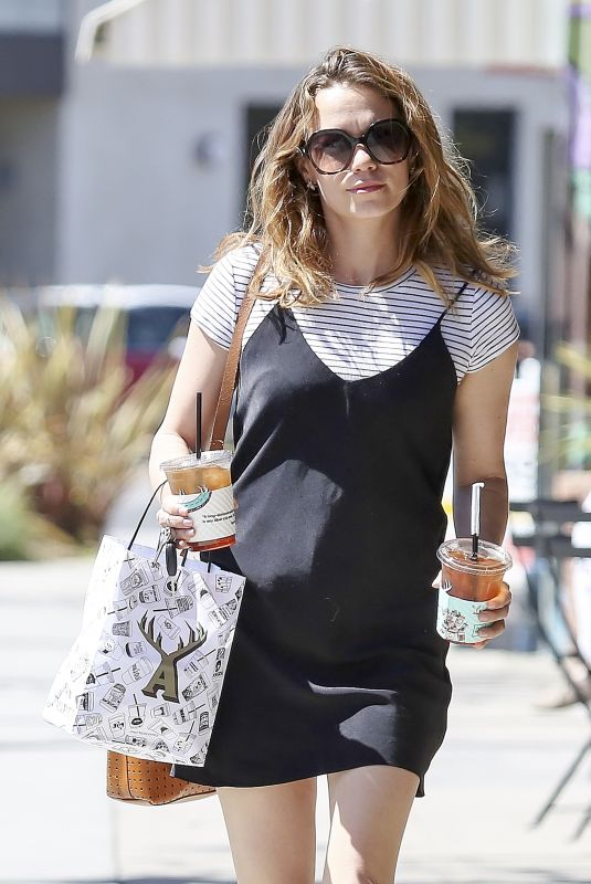 Bethany Joy Lenz Gets drinks and food to go on a sunny day in LA